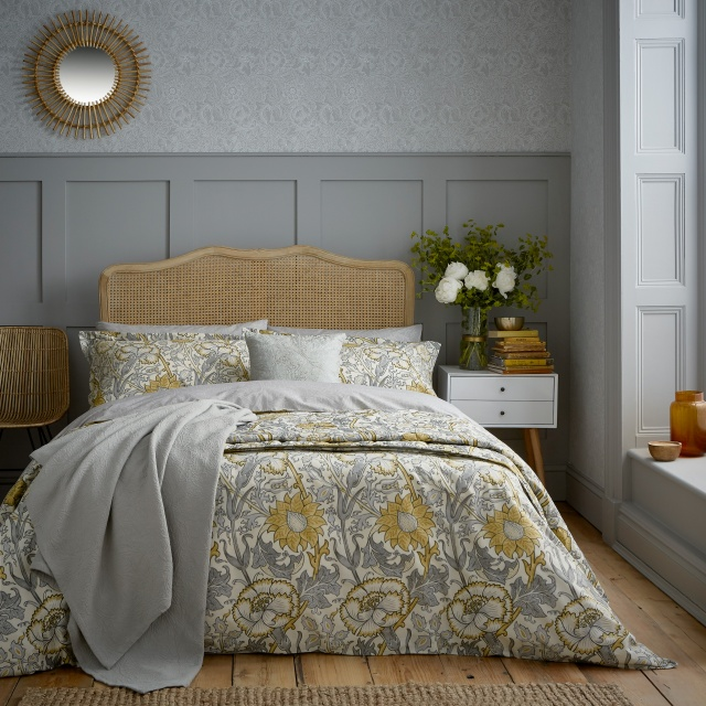 William Morris Pink & Rose Grey Bedding