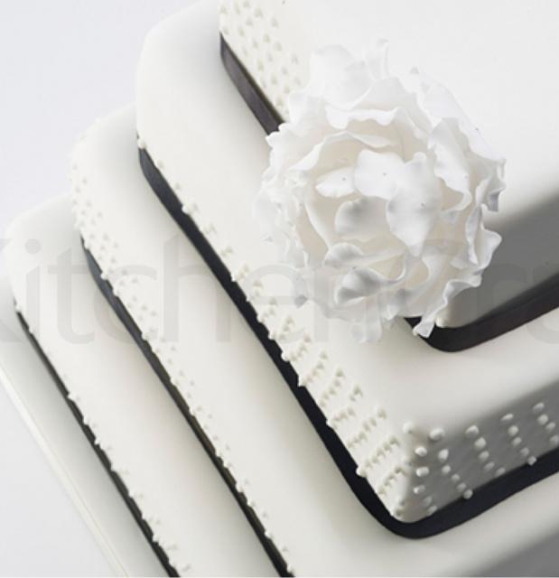 Cake Tins / Pans