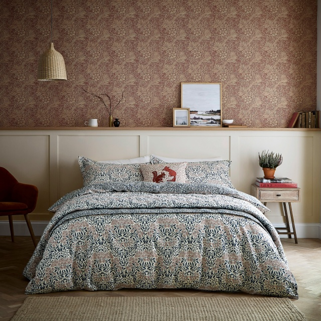 William Morris Michaelmas Daisy Bedding