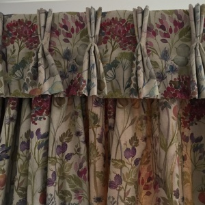Hedgerow Valance