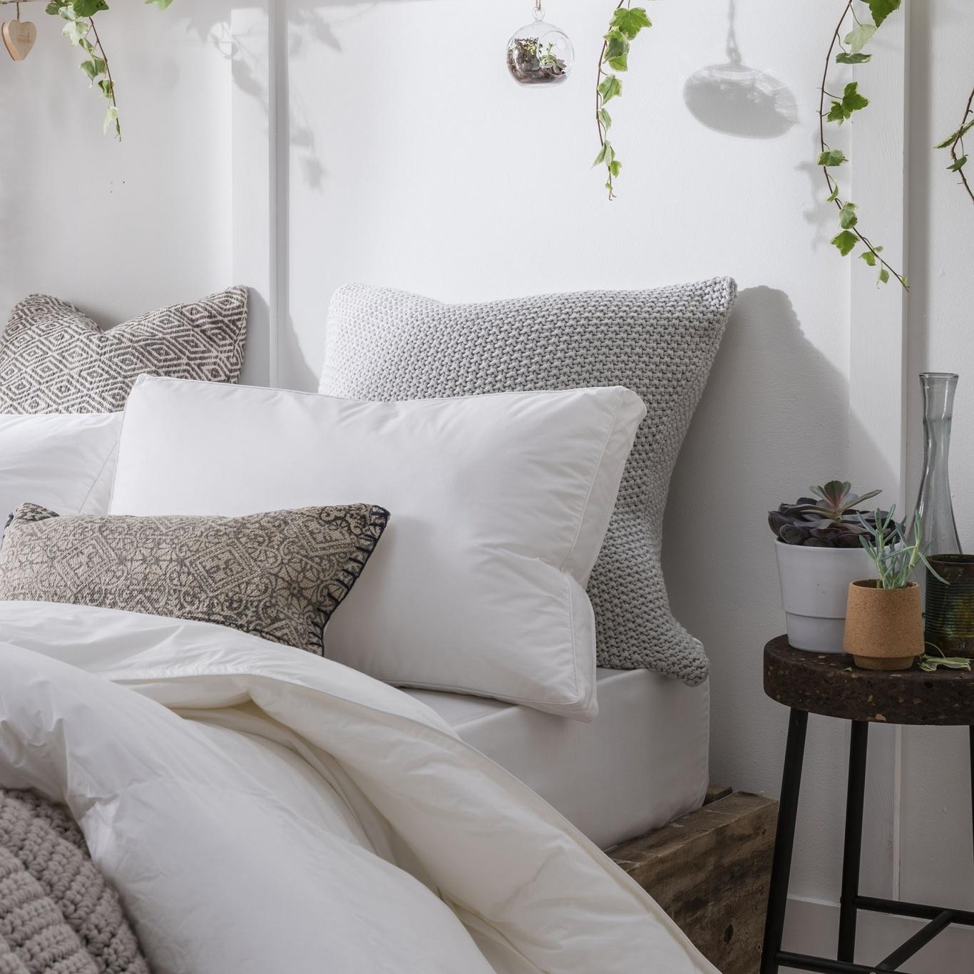 Nimbus Pearl Smartdown Pillow