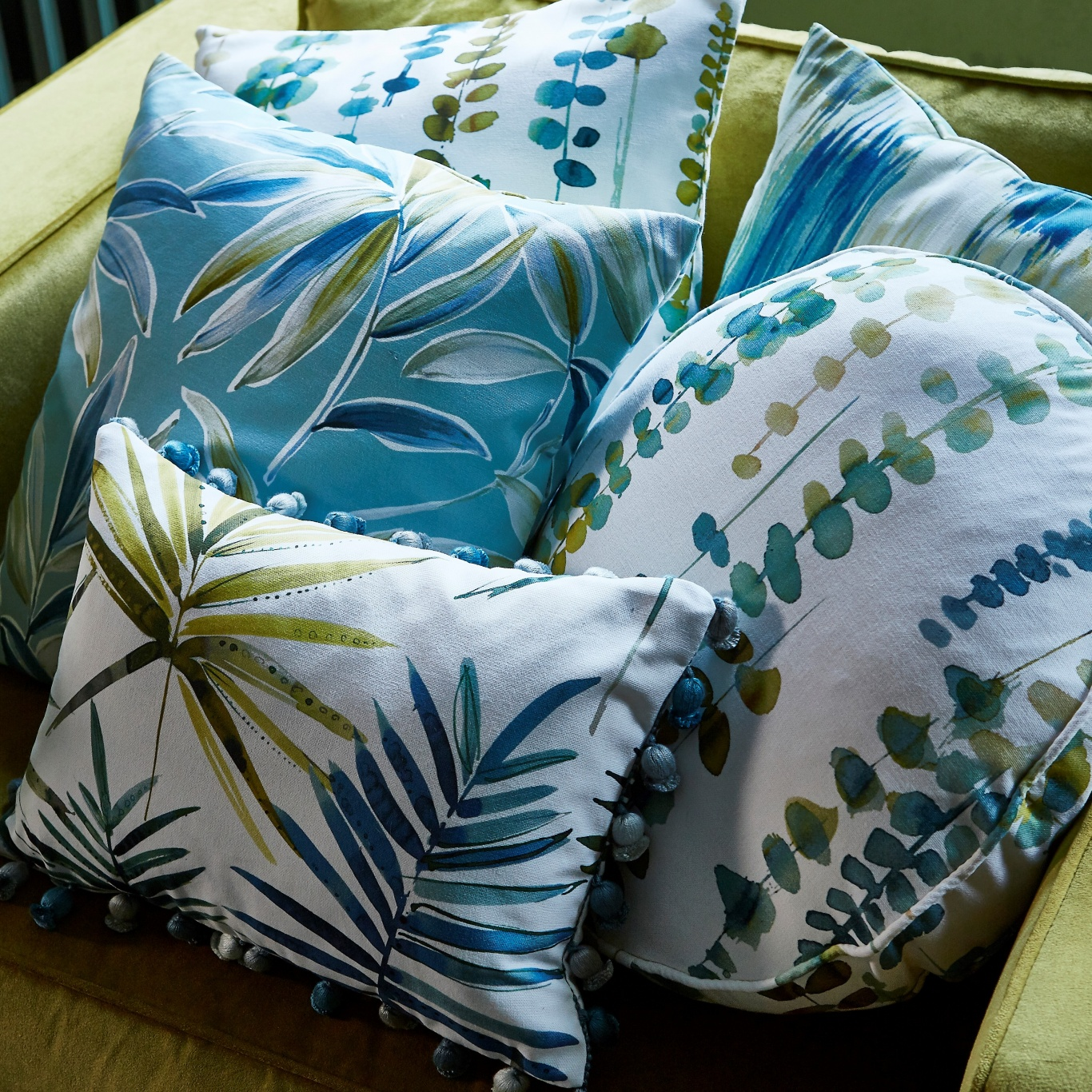 Prestigious Ventura Oasis Fabric 8666/162