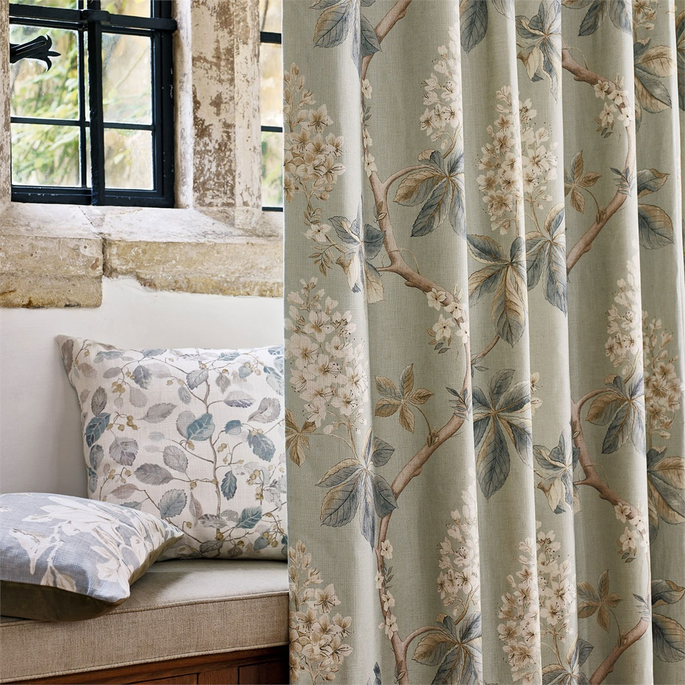 Sanderson Chestnut Tree Grey Blue/Sage Fabric 225513