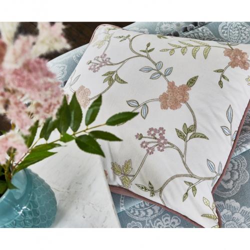 Prestigious Bella Harvest Fabric 3779/120