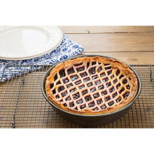 Non Stick Deep Pie Pan 23cm