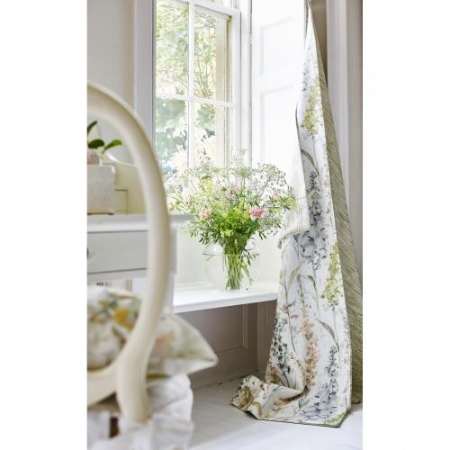 Prestigious Cecelia Wild Rose Fabric 8676/254