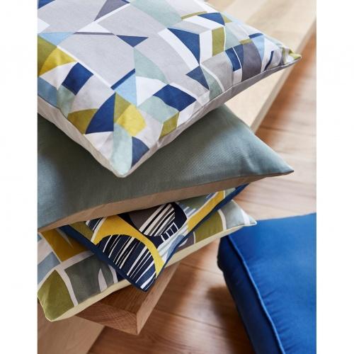 Prestigious Rae Bluebell Fabric 5096/768
