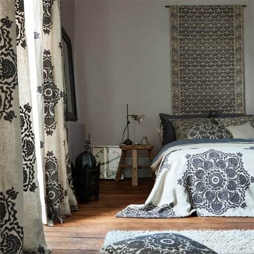 Morris & Co Indian Loop Charcoal/Linen Fabric 236522