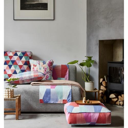 Prestigious Twirl Pastel Pink Fabric 5080/251