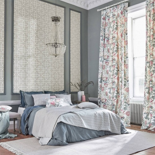 Sanderson King Protea Orchid/Grey Fabric 226574