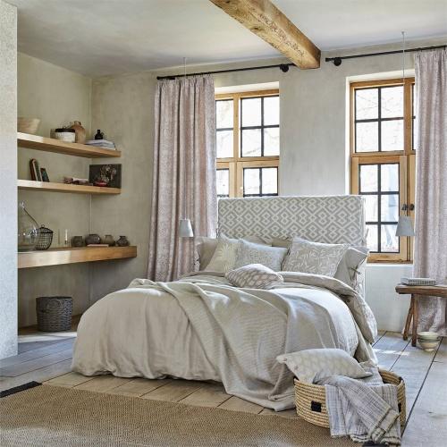 Morris & Co Pure Brer Rabbit Weave Linen Fabric 236629