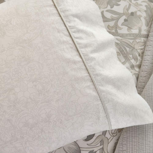William Morris Pure Lodden Housewife Pillowcase Chalk/Eggshell