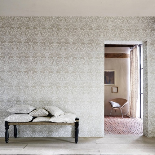 Morris & Co Pure Brer Rabbit Linen Wallpaper 216531