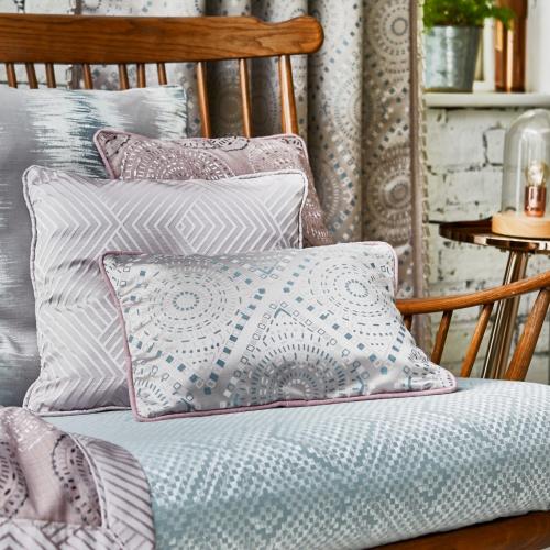 Prestigious Zinnia Rose Fabric 3798/204