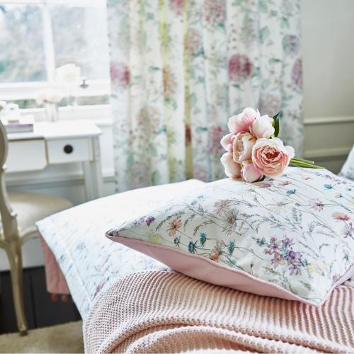 Prestigious Marie Blossom Fabric 8672/211