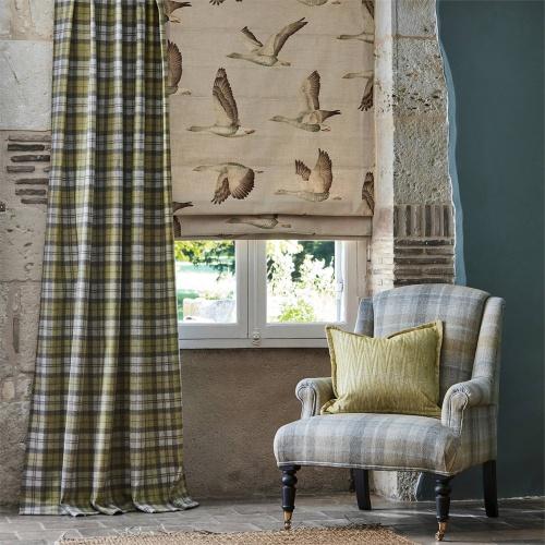 Sanderson Elysian Geese Briarwood/Linen Curtain Fabric 226518