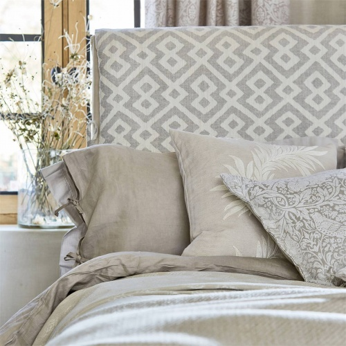Morris & Co Pure Orkney Weave Lightish Grey Fabric 236599