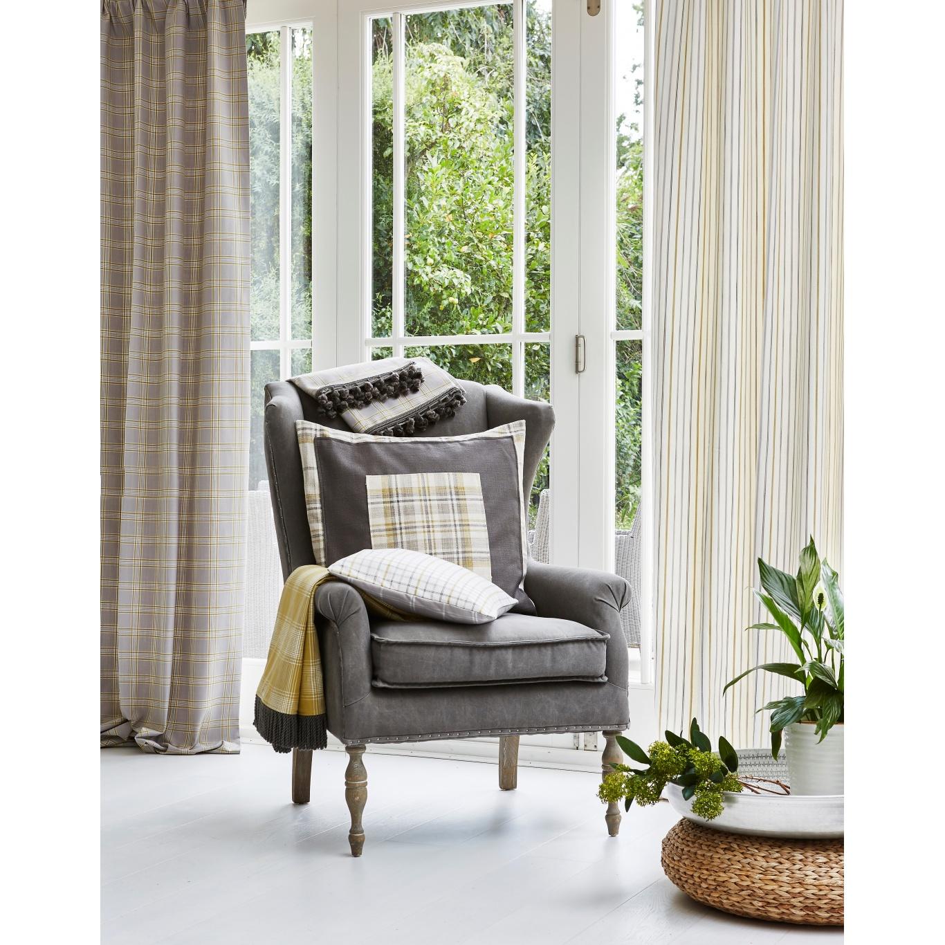 Prestigious Woodmere Coral Fabric 3819/406