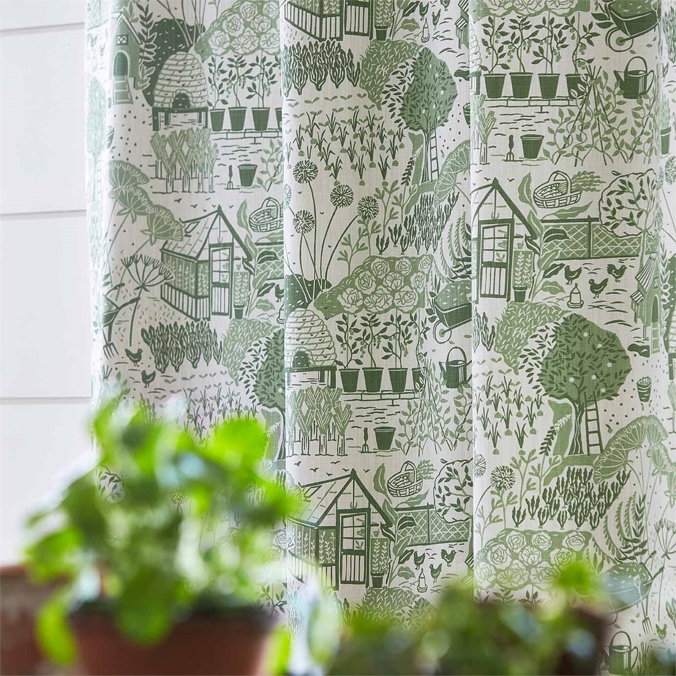 Sanderson Home The Allotment Fennel Fabric 226360