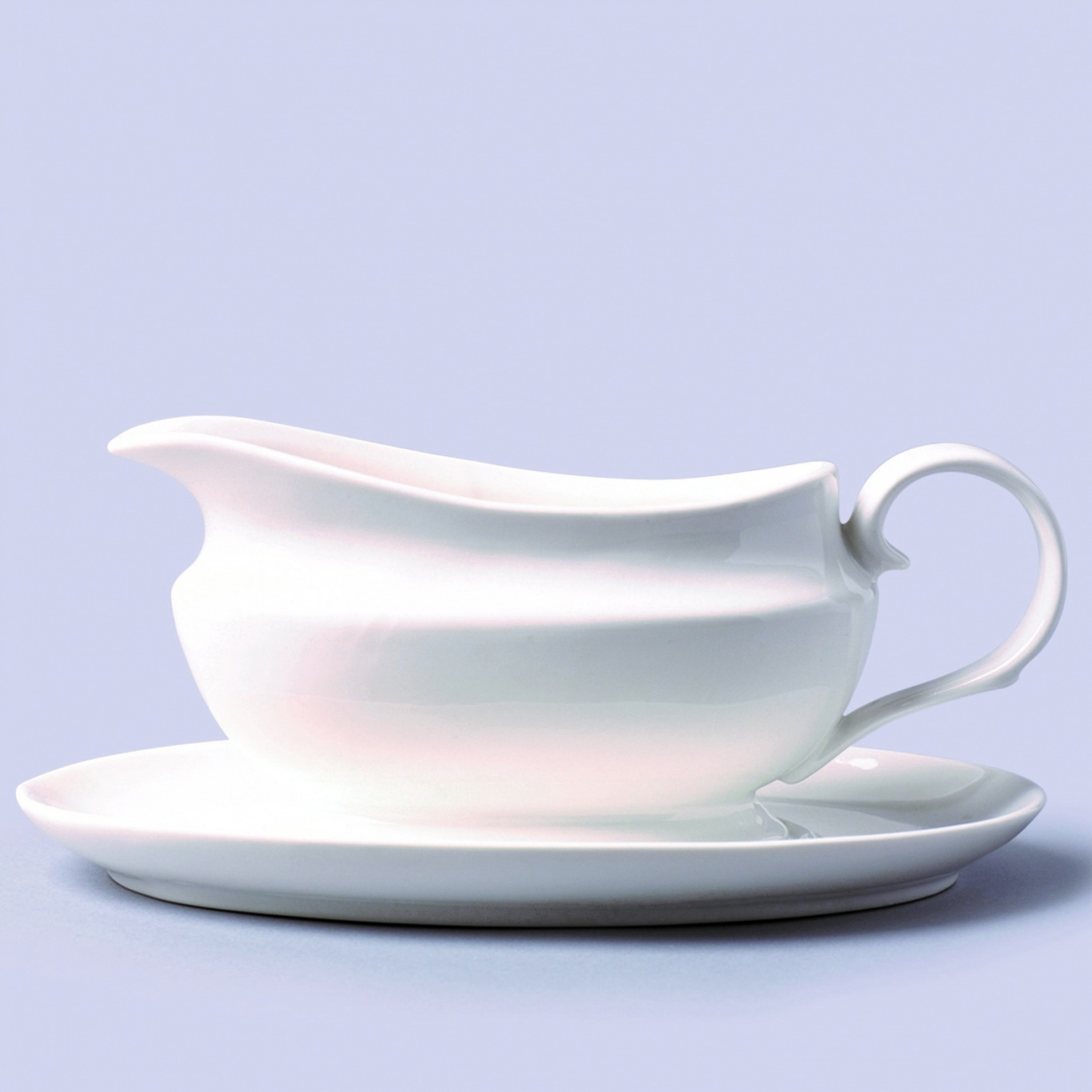 Image of Traditional Gravy Boat with Stand 500ml