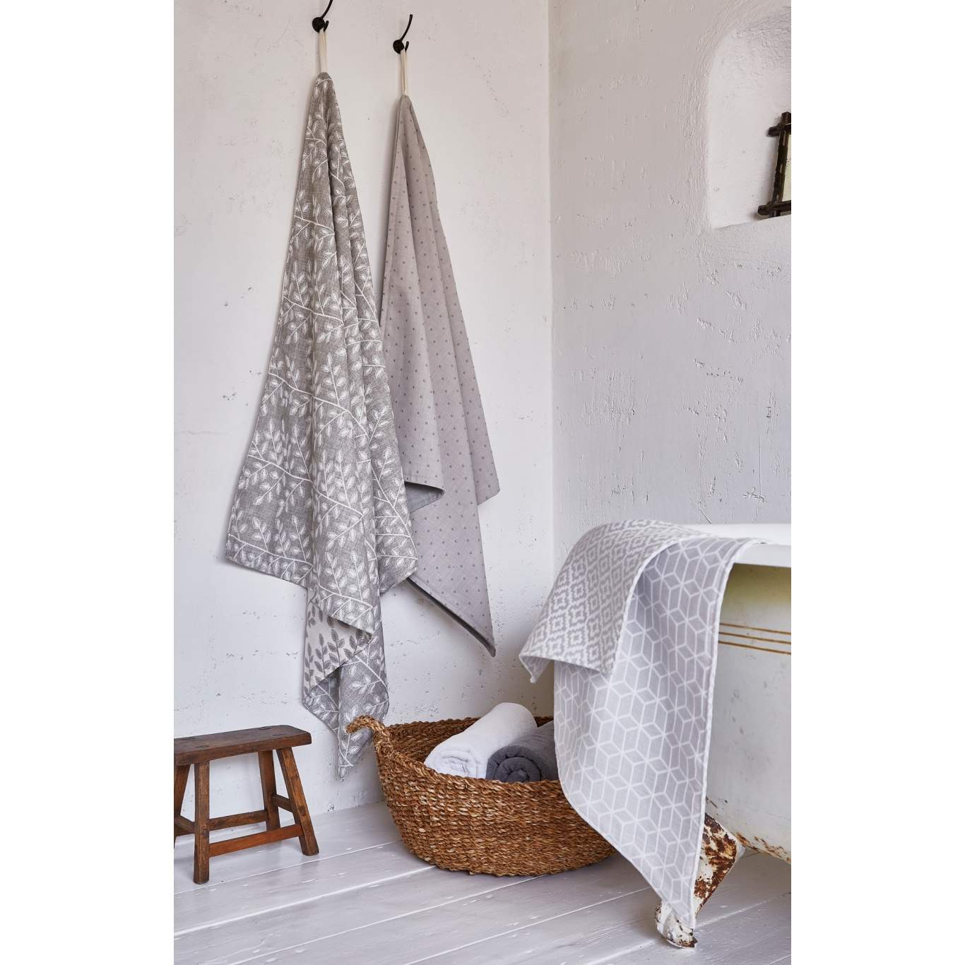 Prestigious Hampshire Parchment Fabric 3759/022